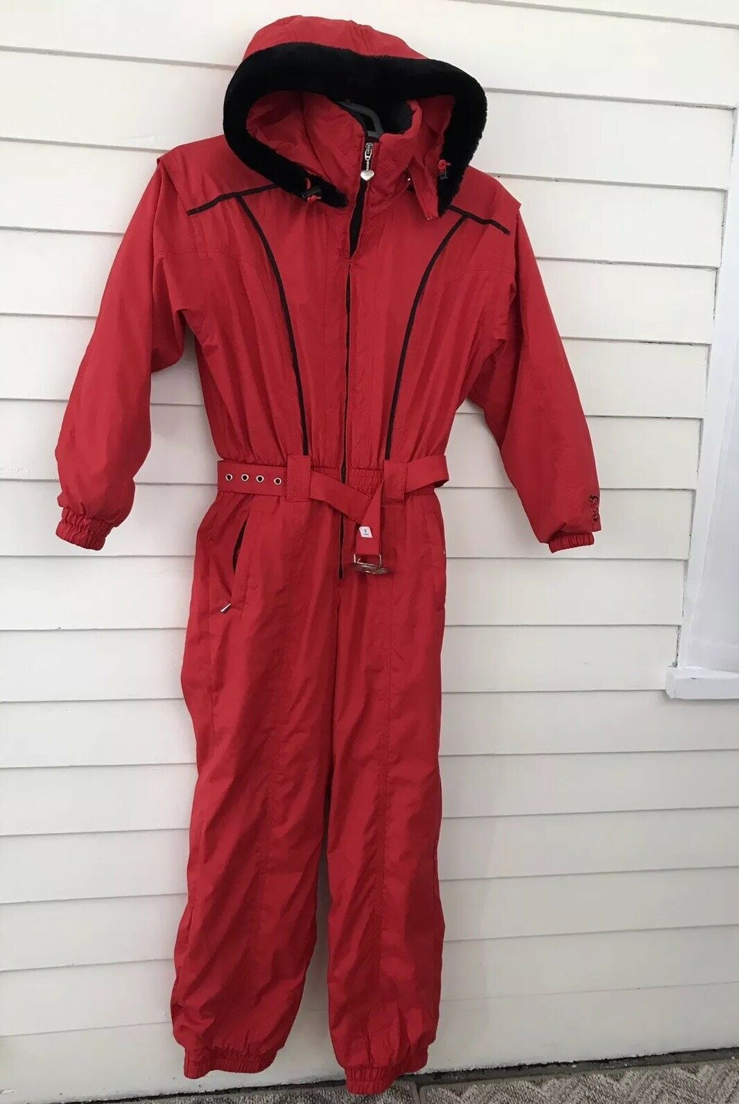 Women's Obermeyer 8 Jasmine Ski Suit One Piece Red Full Body Hoodie Vintage Belt