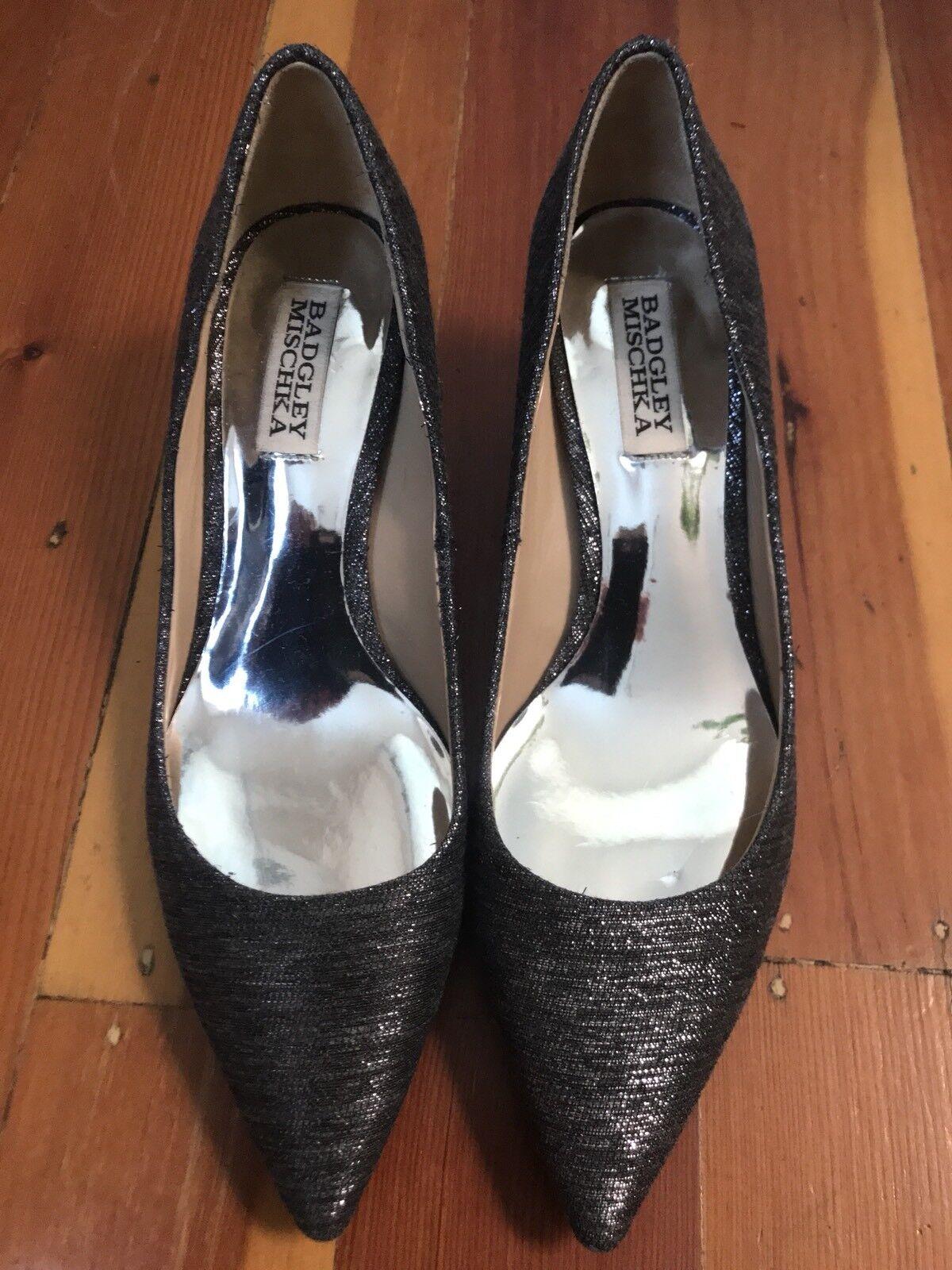 $245 badgley mischka gray jeweled metallic jeweled gray pointed kitten heels shoes Sz 7 983557