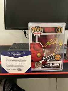Funko Pop Hellboy 01 Chase Limited Edition signed by Ron Perlman With CoA