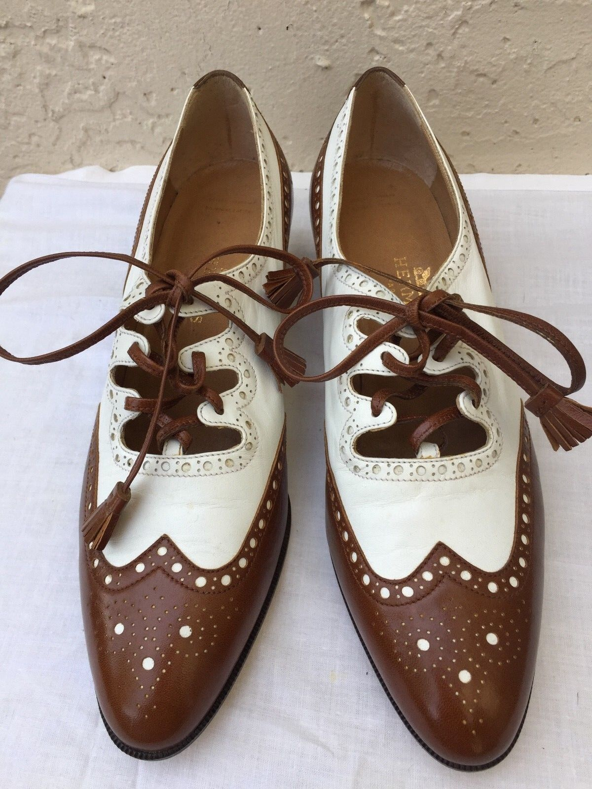 HERMÈS femmes BROGUES OPEN DERBY WINGTIP LACE HEEL marron blanc LEATHER chaussures 8