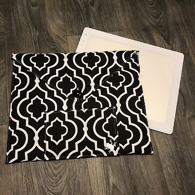 "Cricut Bright Pad /""Quilted/"" Dust Cover Case Handmade Black//White//Pink Quatrefoil"