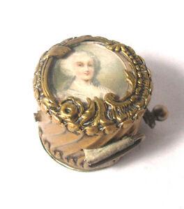 Brass-PORTRAIT-of-VICTORIAN-Woman-Wind-Up-TAPE-MEASURE-ANTIQUE-ORIGINAL-c1890