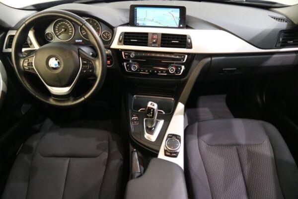 BMW 320d 2,0 Touring aut. billede 15