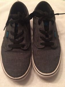 best selling 100% genuine closer at Details about VANS Boys Gray Textile Lace Up Skateboard Shoes. Boys Size 3