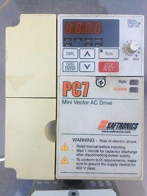 a Saftronics PC7 Mini Vector AC Drive CIMR-V7AU40P7 VFD Tested