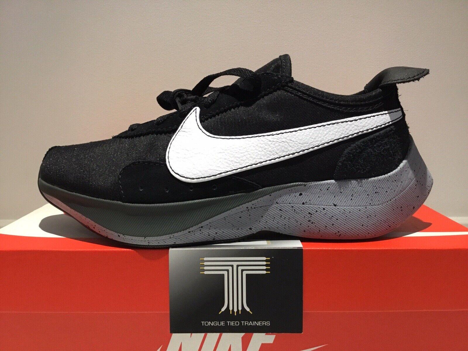 Nike Moon Racer  AQ4121 001  Uk Größe 9.5