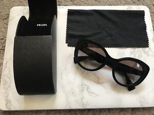 sole 12ps Grey Pr da Black Occhiali 12p Genuine Spr sfumati Ladies Prada Rara 1ab 0a7 IwHqx0R6I