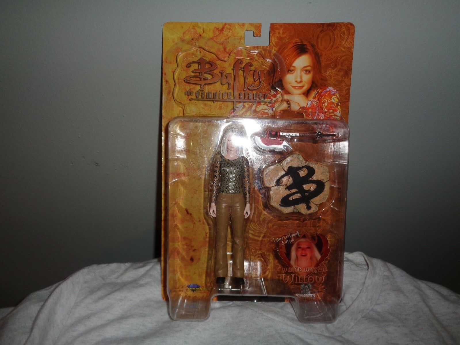 Buffy the Vampire Slayer Weiß Witch Willow INTERNATIONAL EDITION 2004 FIGURE