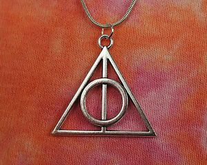 Deathly-Hallows-Necklace-Harry-Potter-Gift-Jewelry-Book-Movie-Charm-Pendant