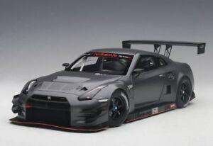 1-18-Autoart-Nissan-Gt-R-Nismo-Gt3-Oscuro-Mate-Gris-2015-Composite-Modelo