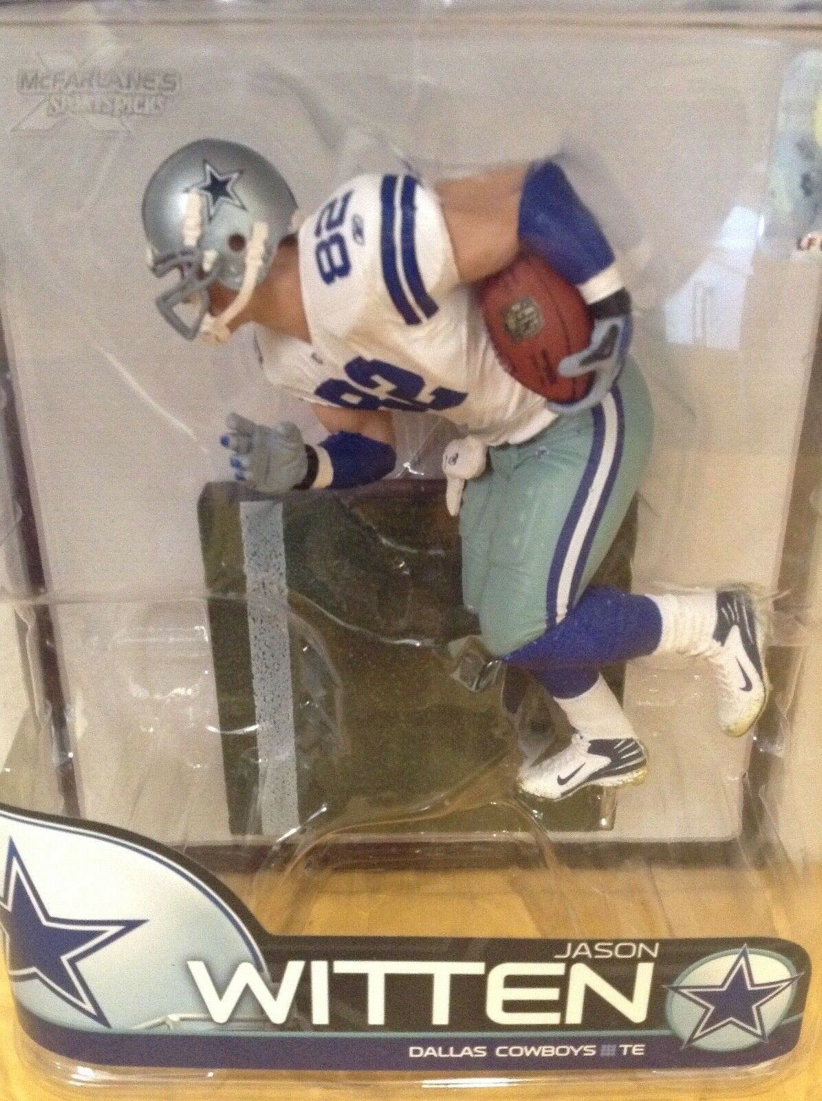 NFL JASON DALLAS COWBOYS JASON NFL WITTEN  /  McFARLANES SERIES 21  /  only 5 SHIPPING 90fc2e