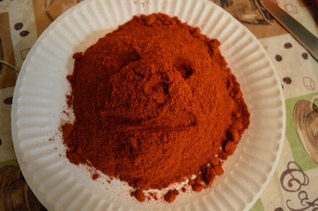 APPLEWOOD SMOKED ORGANICLLY GROWN  SWEET PAPRIKA CHILE POWDER