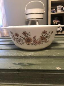 Vintage Pyrex Casserole Dish White Yellow And Pink Botanical Flowers England