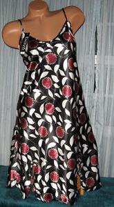 Black-Floral-Burst-Chemise-Short-Gown-1X-2X-3X-Plus-Size-Adjustable-straps