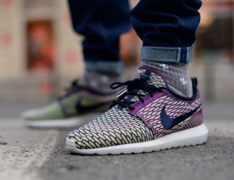 NIKE FLYKNIT ROSHERUN Price reduction Price reduction Special limited time