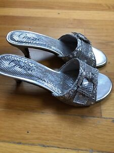cdcb2fac6211 NEW WOMEN S GRAZIE Shoes Sandals Heels SILVER RHINESTONES Sz8