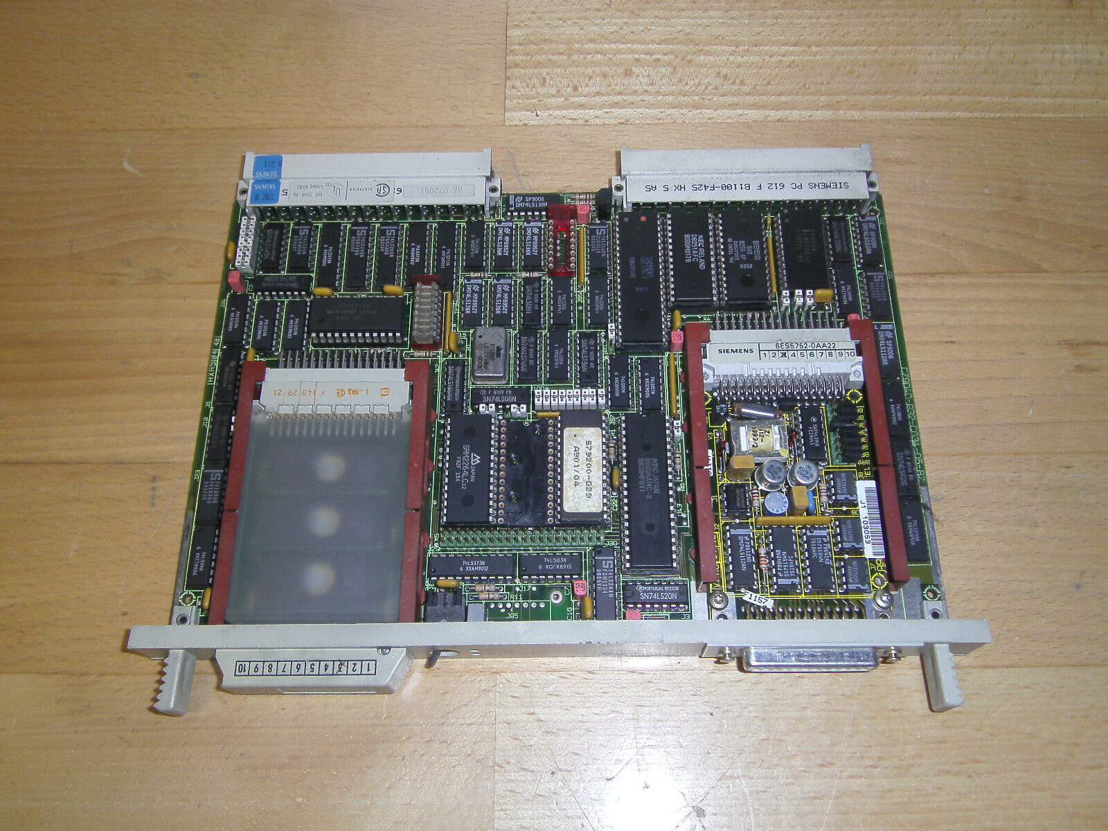Siemens Simatic S5 6ES5 524-3UA13   6ES5524-3UA13