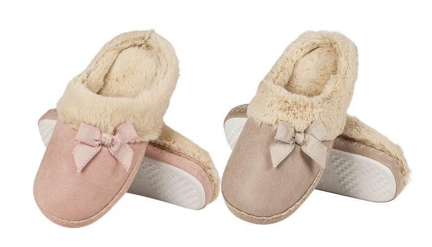 Ladies Pastel Peach Or Beige Poly Suede Fur Trim Classic Mule Slippers 3 Sizes