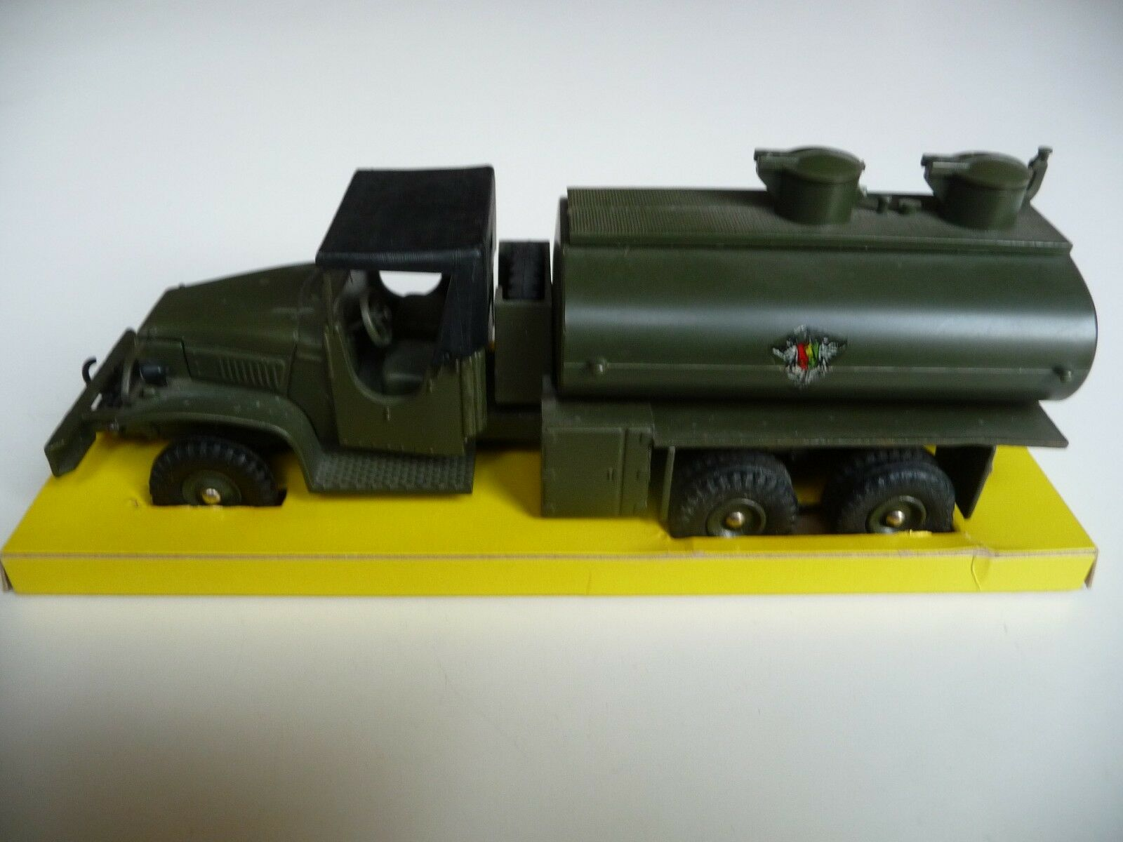French Dinky Toys 823 - Camion G.M.C. Military Tanker - Excellent Condition