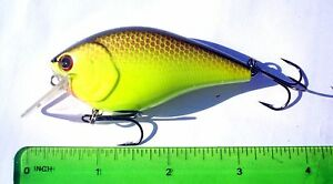 1pc-BLACK-CHARTREUSE-1-2oz-3-034-Square-Bill-CRANKBAIT-Bass-Fishing-Lures-Rattles