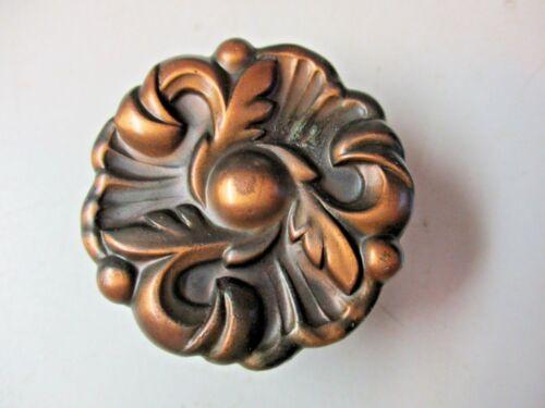 "1 Vintage 1960 Amerock 593 Floral Provincial Aged Copper Pull Knob 1-1//2/"" Round"