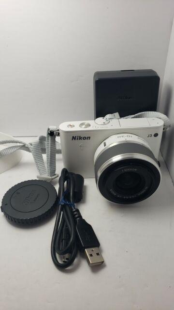 Nikon 1 J3 14.2MP Digital Camera - White (Kit w/ VR 10-30mm Lens) Mint
