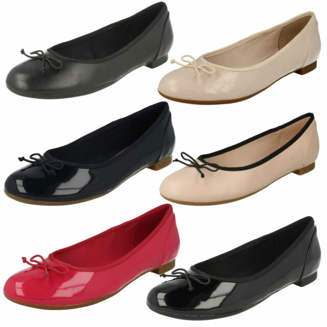 308906622dff LADIES CLARKS SLIP ON LEATHER BOW BALLERINA FLAT PUMPS SHOES SIZE COUTURE  BLOOM