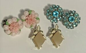 Vintage-earring-lot-of-3-pair-clip-on-Stone-and-Plastic-Rhinestone-Flower