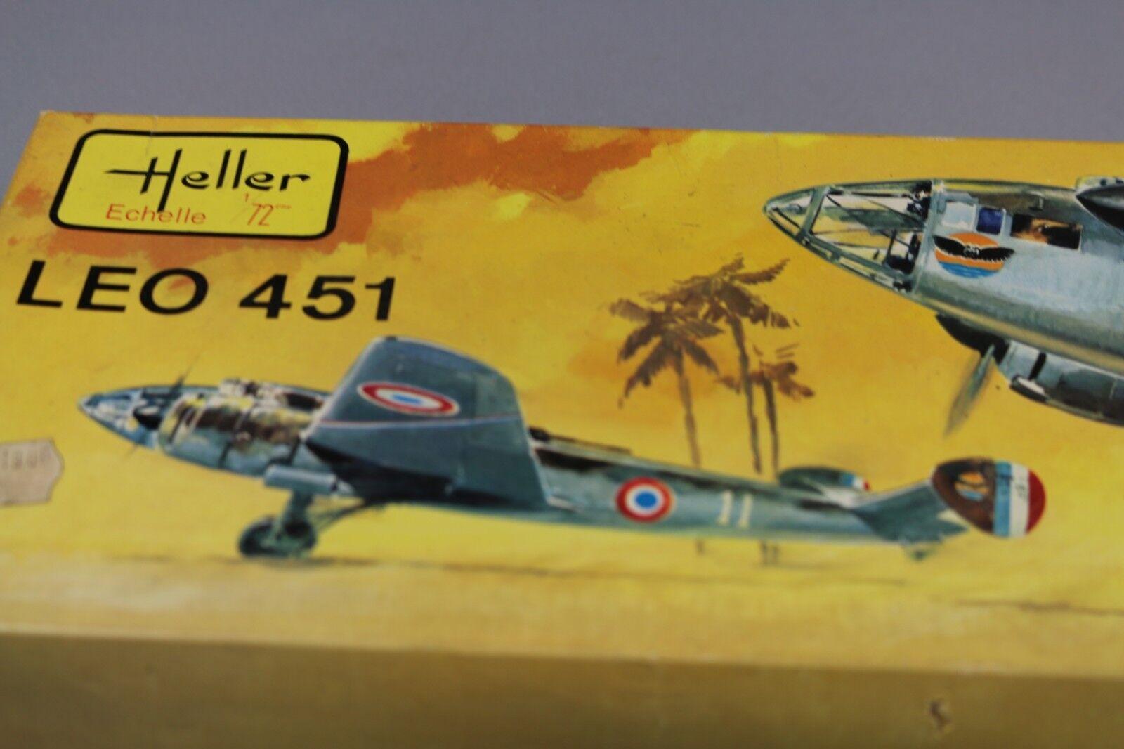 ZF561 Heller 1 72 maquette avion  L 389 LEO 451 ancien boitage 1974