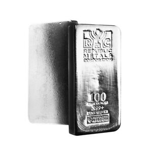 '100 oz Republic Metals (RMC) Silver Bar .999 Fine' from the web at 'https://i.ebayimg.com/images/g/DVgAAOSwNkJaBdfL/s-l300.jpg'