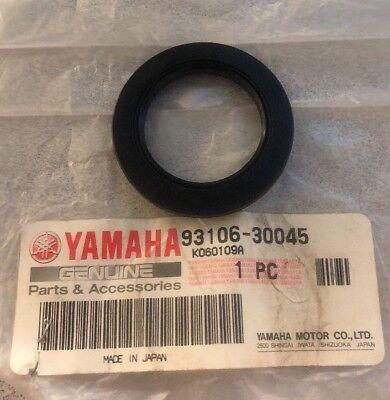 NEW YAMAHA WR250F WR426F YZ450F YZ125 YZ250 YZ400F REAR WHEEL SEAL 93106-30045