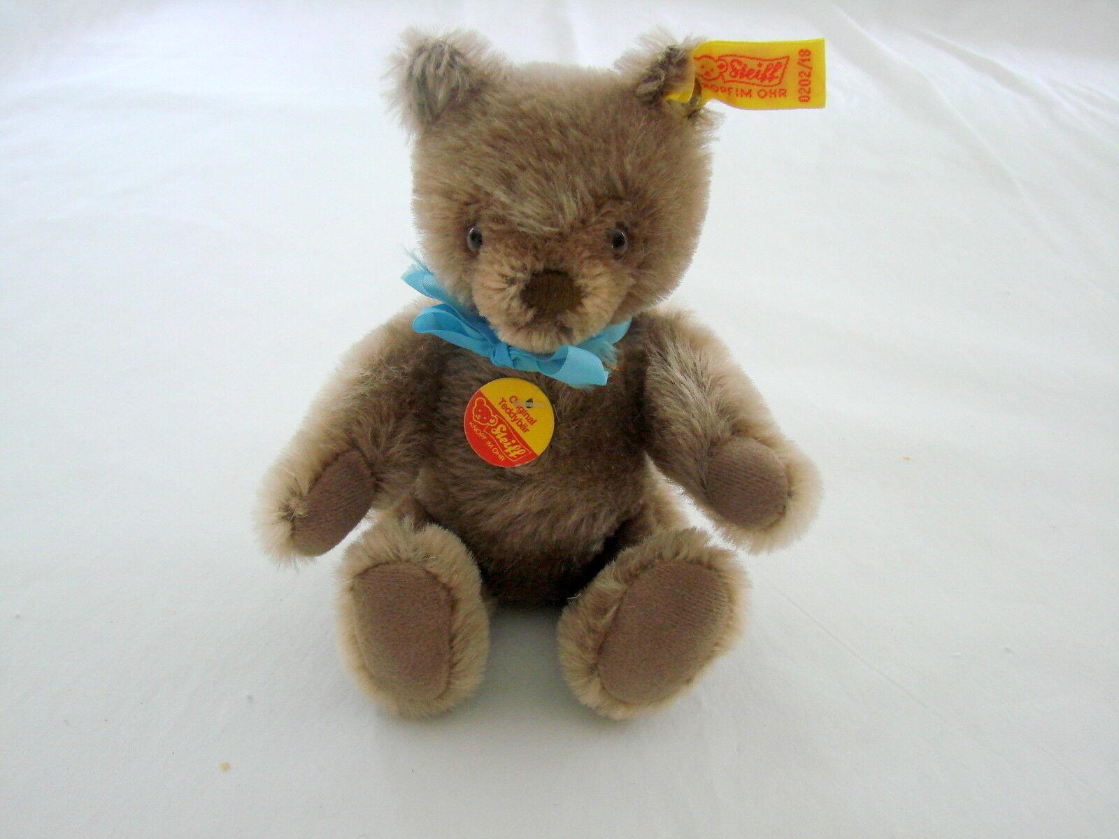 Adorable Original Steiff Bear Squeaker Genuine Mohair 0202/18 W. Germany NWT