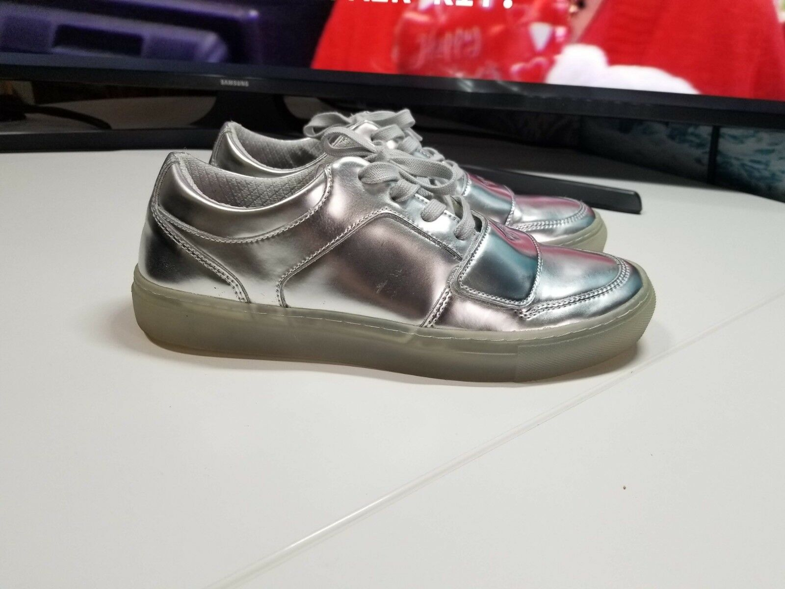Creative Recreation Cesario Metallic Silver (Size 8) Excellent Condition