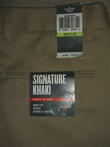 DOCKERS-Signature-Khaki-Relaxed-Fit-D4-Pleated-Wrinkle-Free-Tan-Pant-Men-New-58