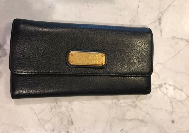 Marc Jacobs black leather wallet gold accents