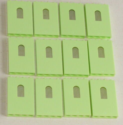 LEGO LOT OF 12 NEW YELLOWISH GREEN PANEL CASTLE WALLS WITH WINDOWS PIECES