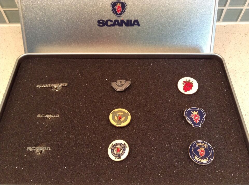 Badges, Scania pin collection