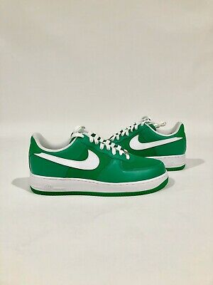 NIKE AIR FORCE LOW LUCKY GREEN SIZE 11
