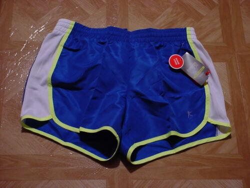 Danskin Now Women/'s Woven Shorts with Side Panel /& Inner Pocket Size  4-6 Small