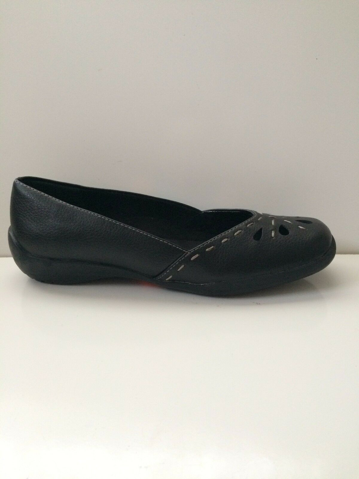 NEW Easy Street Women's Nadine Black Flat shoes Sz 6N