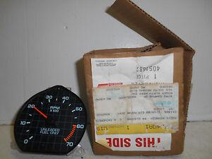 1985-1986-MOPAR-NOS-G-BODY-TACH-GREEN-ARROW-AT-BOTTOM-PART-4051882-W-ORIG-BOX
