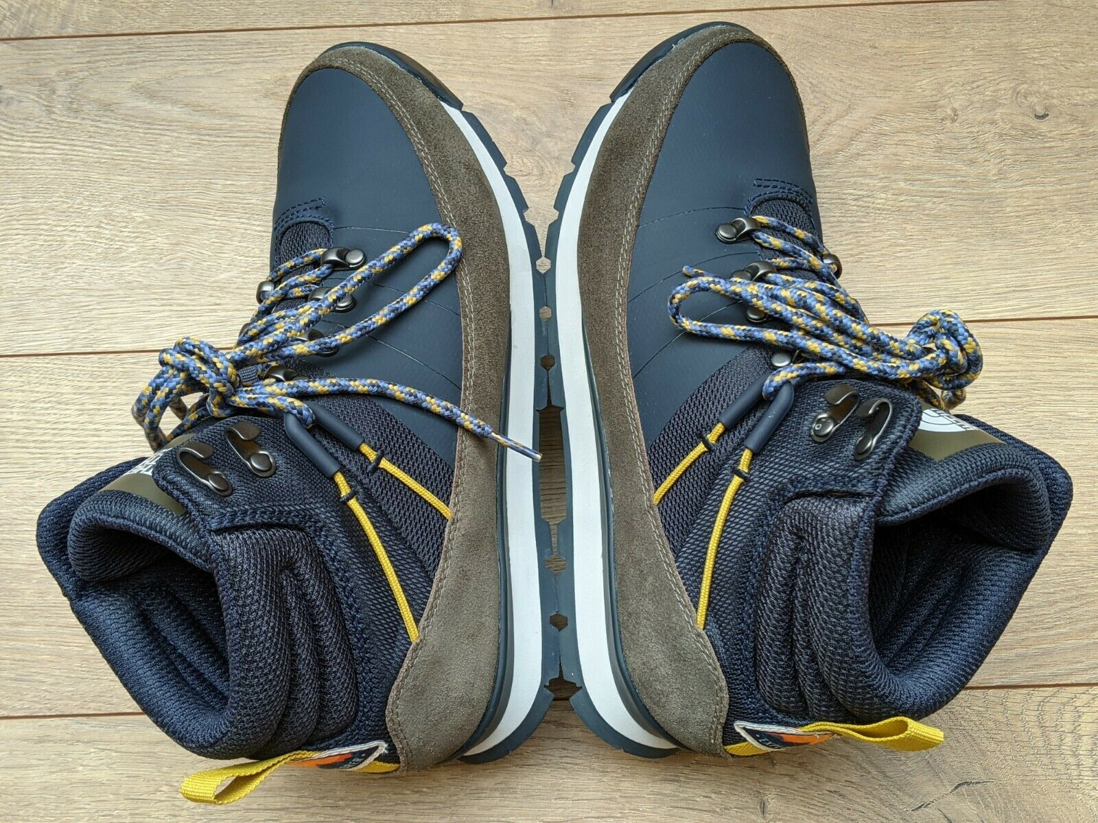 Men's The North Face Back-to Berkeley Urban Navy Mid Winter Hiking Boots US 9.5