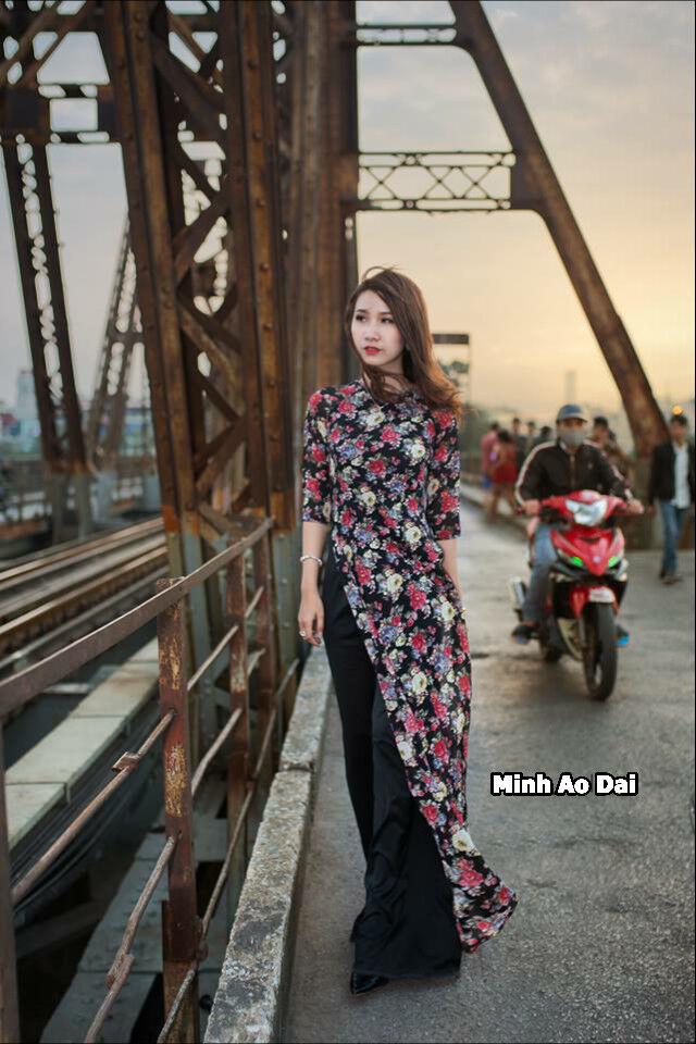 schwarz Ao Dai Printed MulticolGoldt Floral Handmade Vietnamese Authentic