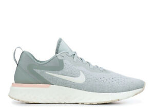 AO9820-009 Light Silver//Sail//Mica Green Nike Women/'s Odyssey React