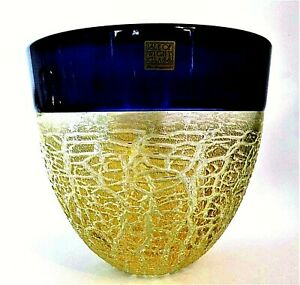 Art Glass Pottery, Porcelain & Glass Selfless A Signed Harris Isle Of Wight Glass 'crizzle' Vase