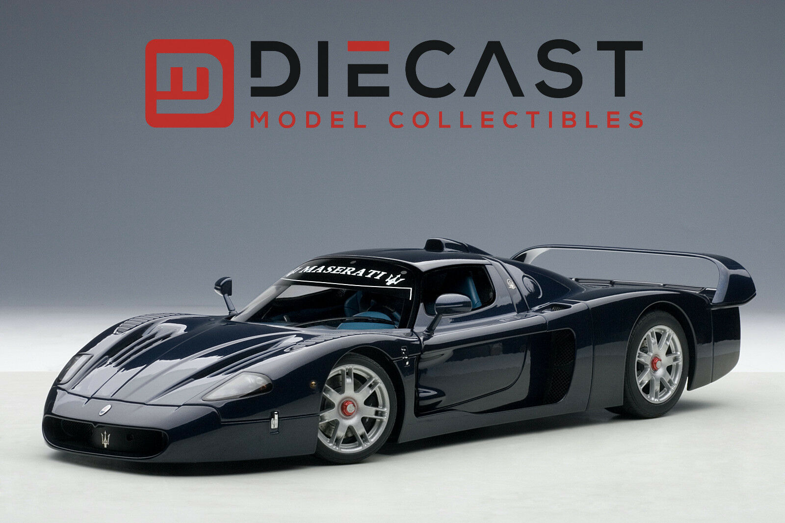 AUTOart 75802 Maserati MC12 Road Car, Metallic Blau 1 18TH Scale