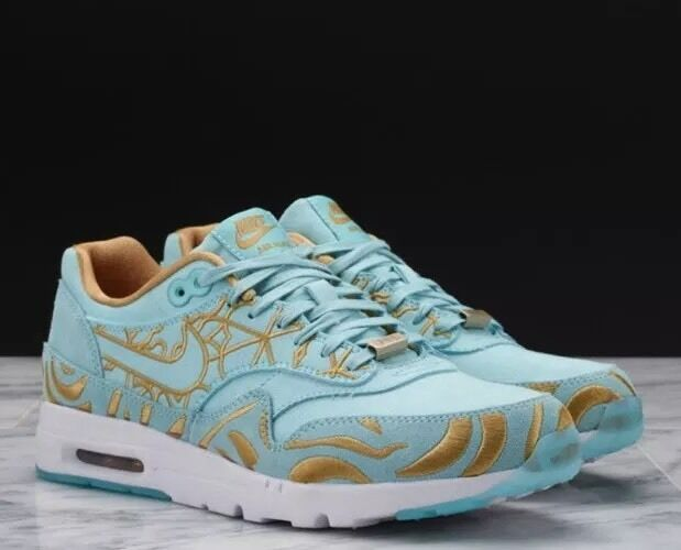 low cost efe80 fac31 Nike Women Air Max 1 Ultra LOTC QS Paris Island Green Sz 8 747105-300 for  sale online   eBay