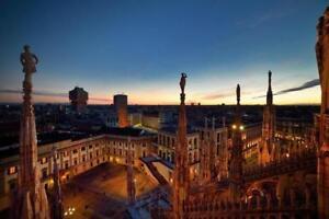 Francesco-Langiulli-Palazzo-reale-e-le-guglie-al-tramonto-fotografia-29-5x45cm