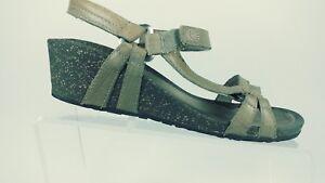 ff6971e64bd0f9 TEVA Women s Size 8 Ventura Cork Wedge 2 Sandals Light Brown 4253