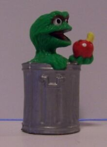 Details About Oscar The Grouch Trash Can Pvc Red Apple Sesame Street Muppet Applause